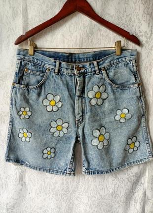 Джинсовые шорты, цветочный принт