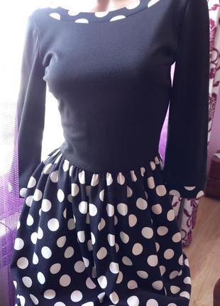 Чёрное платье в горошек, пышная юбка