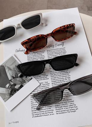 Очки прямоугольные солнечные солнцезащитные узкие чёрные женские винтаж ретро