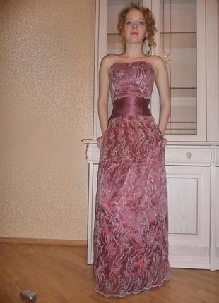 Платья с корсетом на выпускние