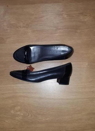 Стильные кожаные туфли club by gemo(испания)