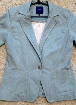 Пиджак свободного кроя с карманами