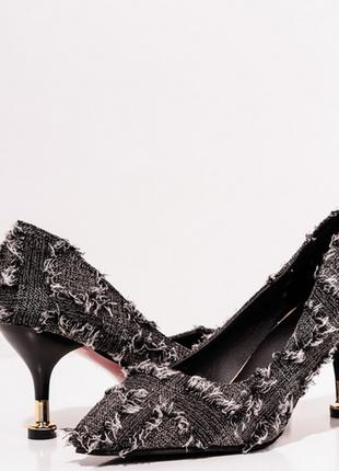 Черные текстильные туфли с бахромой3 фото