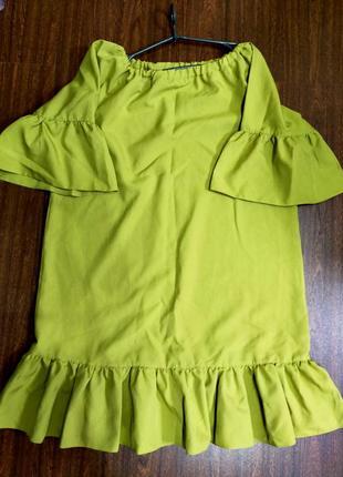 Свободное платье. оливковый цвет, размер м-л