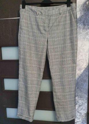 Базовые брюки в клетку на весну р-р 42/xl