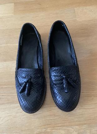 Лоферы туфли mango