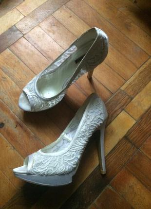 Белые туфли, нарядные, свадебные