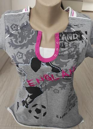 Фирменная футболка поло