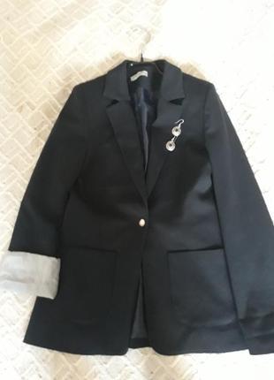 Піджак приталений