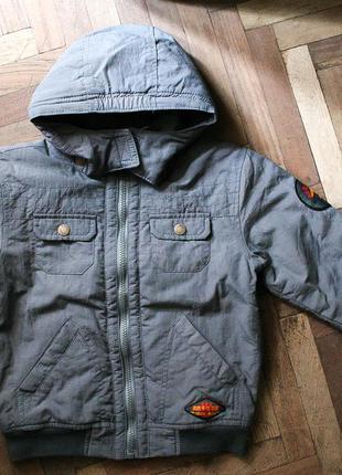Куртка с нашивками, на осень, р. 104–110