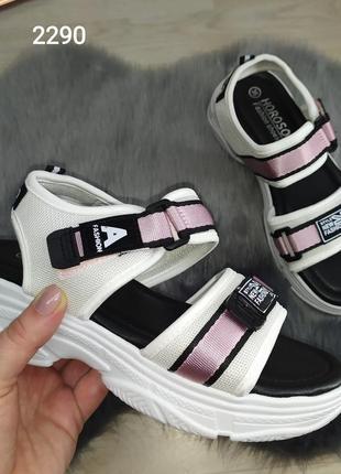 Женские спортивные босоножки сандалии на платформе, белые