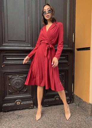 Наряднле красное вечернее платье из  шифона