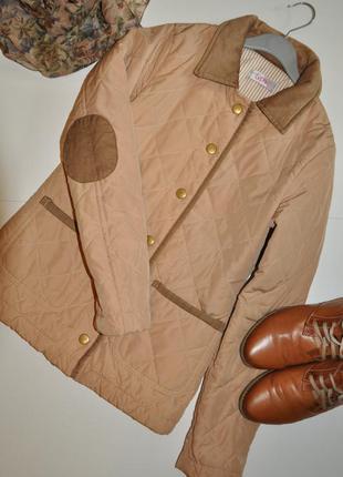Бежевая стеганая куртка sophie