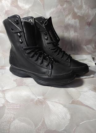 Ботинки reebokр.35