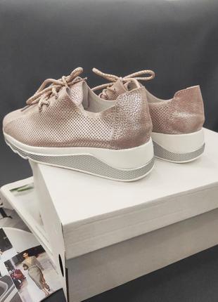 Распродажа кроссовки кожа цена до 7.078 фото