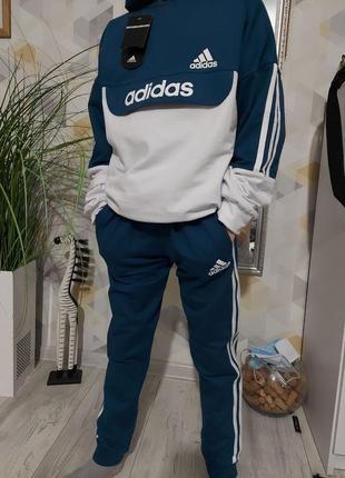 Детские спортивные костюмы adidas , цвета,размеры 116-140