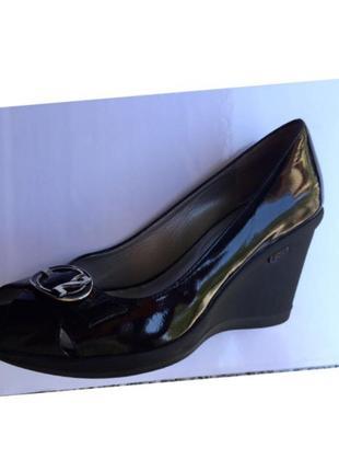 Nero giardini италия кожаные лаковые туфли босоножки