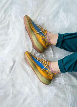 Adidas yeezy 380 blue oat шикарные женские кроссовки  желтые / синие