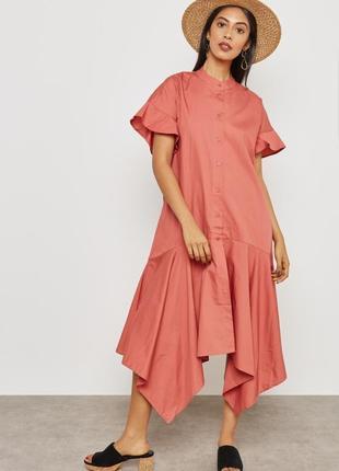 Классное хлопковое платье mango свободного кроя с ассиметричным низом.