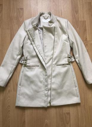 Пальто женское или подростковое