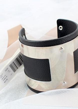 Фирменный широкий браслет бижутерия на руку сток кожаный с металлом серебристым