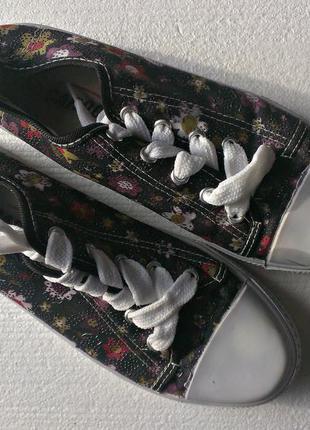 Кеды на платформе 38р,б/у, цветочный принт(кросы)