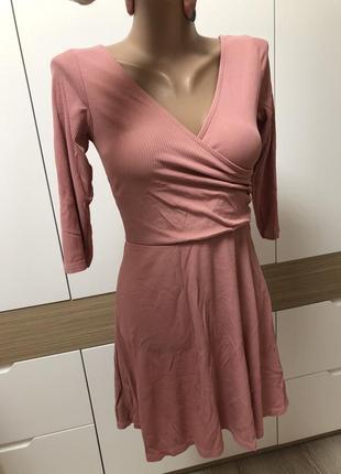 Классное легкое платье имитация запаха юбка клеш