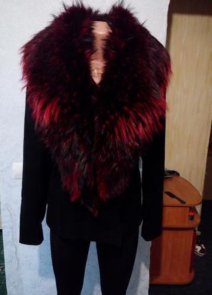 Пальто мех чернобурка чернокрасная натуральный мех лиса