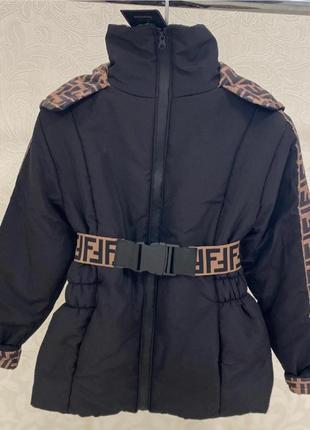 Шикарная джми куртка, люкс качество,фенди, размер л.