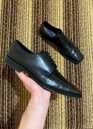 Мужские классические туфли от hugo boss