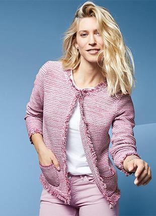 Вязаный, теплый пиджак-блейзер с бахромой