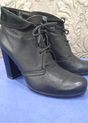 Кожаные ботинки 37 р