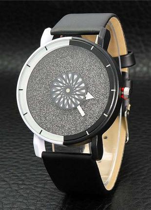 Часы cosmic oval black  с врвщающимся циферблатом