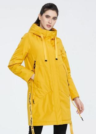 Яркая демисезонная желтая куртка плащ icebear