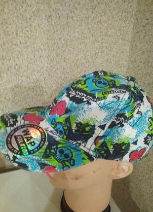 Кепка бейсболка*chapter-young* с черепами . летняя расцветка кепки !