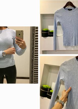 Трендовый нежно голубой свитер гольф в рубчик