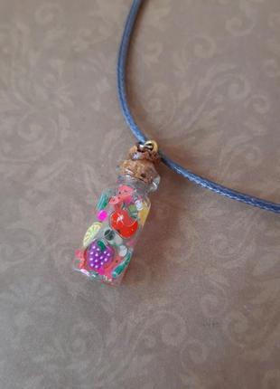Кулон баночка мини бутылк флакон фрукт ягод полим эпокс подвес hand цветн сер чокер шнур