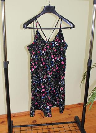 Цветочное платье на лето