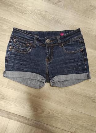Джинсовые шорты 10 размер