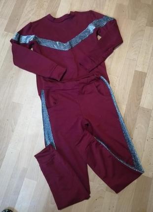 Спортивный костюм ,  р с-м (36-38)