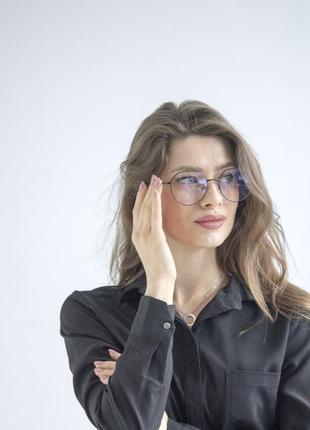 Жіночі окуляри іміджеві