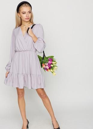 Платье свободного кроя из легкой ткани