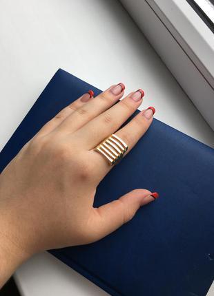 Золотистое кольцо (бесплатная доставка)