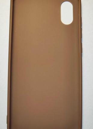 Силиконовый чехол для телефона xiaomi mi 8 pro.