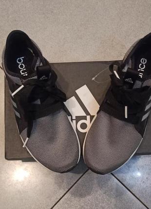 Новые женские кроссовки adidas, оригинал, размер 39