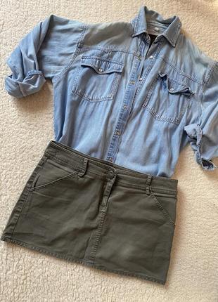 Стильная мини-юбка цвета хаки
