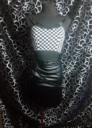 Костюм из топа и кожанной юбки, сексуальный стильный костюм, элегантный фетиш костюм