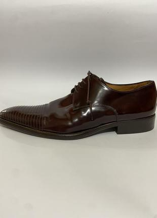 Дизайнерские туфли броги казаки ботинки кожа