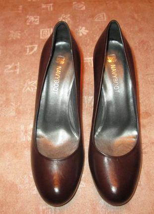 Туфли кожаные 38 р, navyboot италия оригинал классика на каблуке