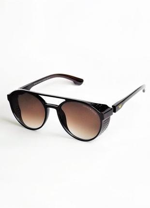 Солнцезащитные очки  1807 коричневые матовые с шорами.